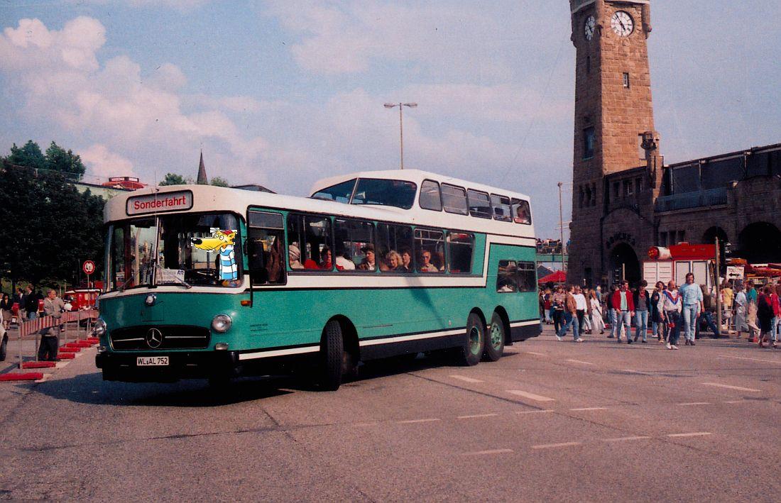 http://www.desiro.net/Hamburg-Globetrotter-1990.jpg