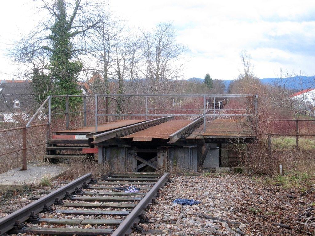 http://www.desiro.net/Wintersdorf-Strassenbruecke.jpg