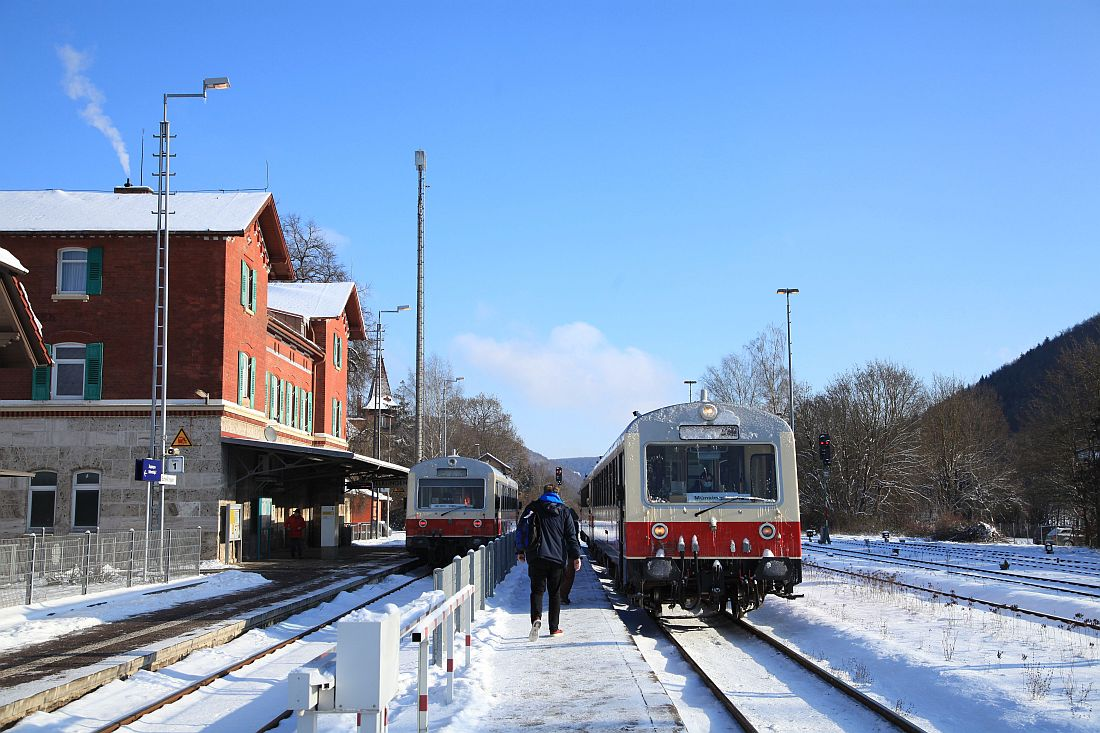 http://www.desiro.net/bilder/759-Winter-2011-02-11-01.jpg