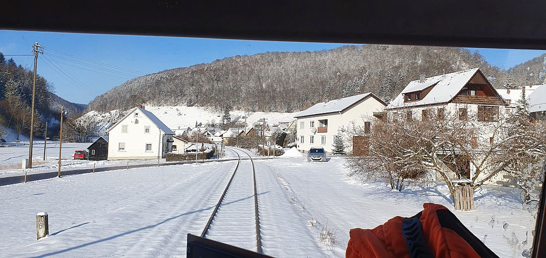 http://www.desiro.net/bilder/759-Winter-2011-02-11-17.jpg